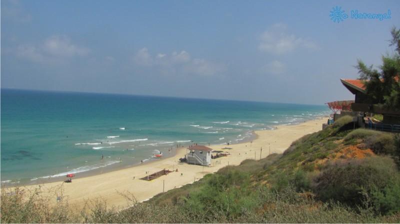 Пляж Сиронит в Натании (Нетании) - любимое место отдыха всех туристов