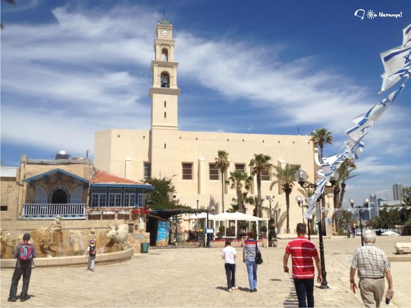 Центральная площадь Яффы, красиво, стильно и очень чисто