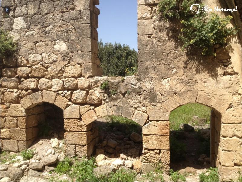 Какун Qaqun, замок в Израиле, недалеко от Нетании
